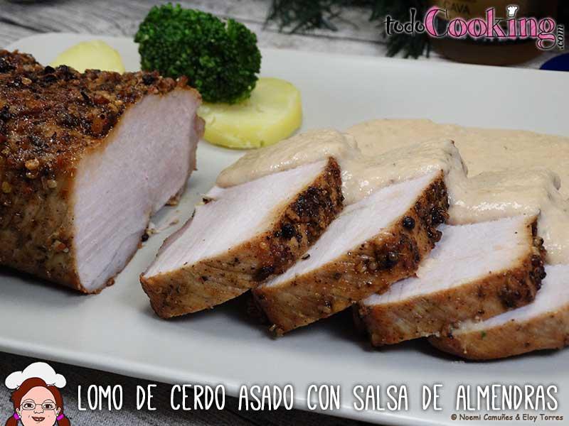 Lomo de cerdo asado con salsa de almendras for Cocinar cinta de lomo al horno