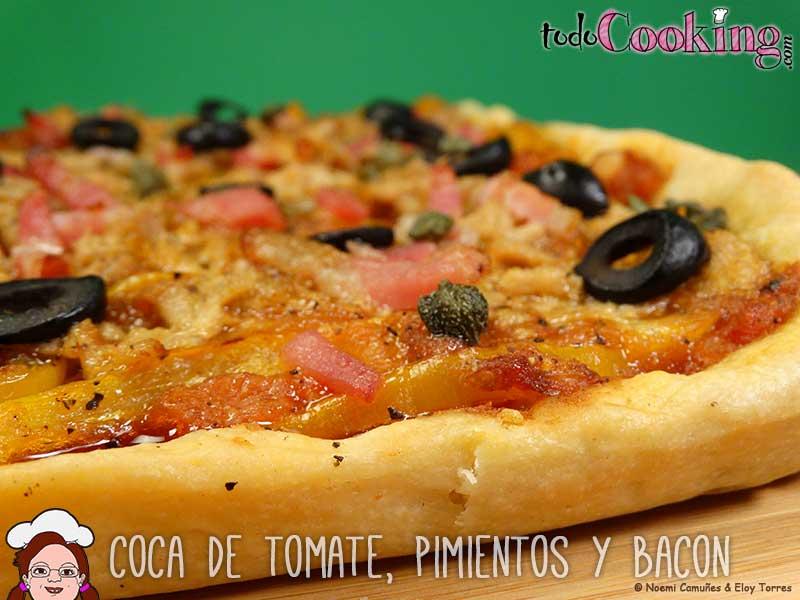 Coca-Tomate-Pimientos-Bacon-01