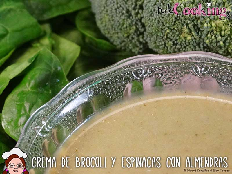 Crema-Brocoli-Espinacas-Almendras-02