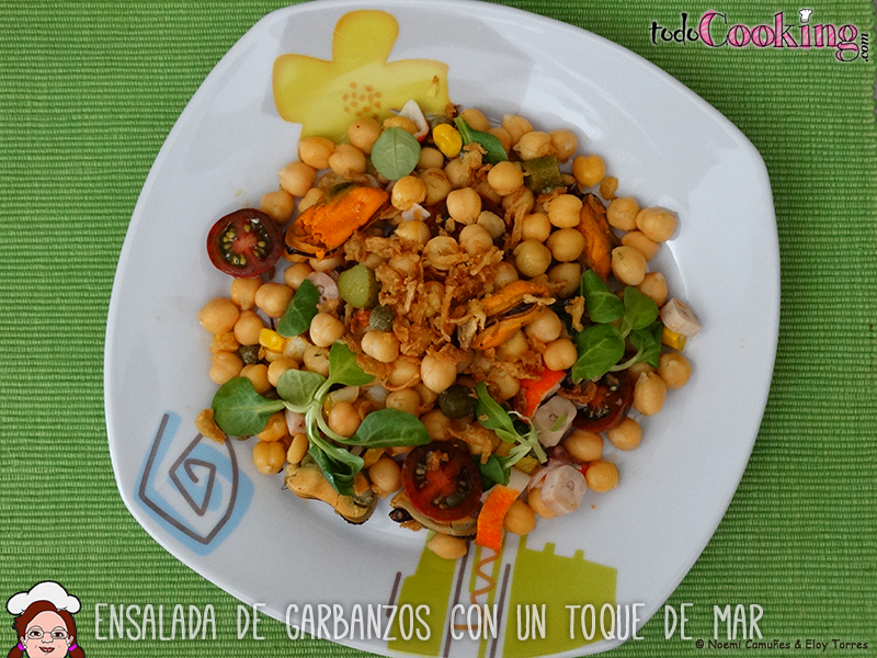 Ensalada-Garbanzos-Toque-Mar-01