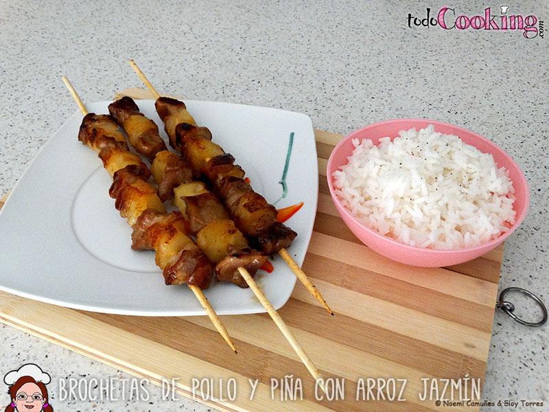 brochetas-de-pollo-y-pina-con-arroz-jazmin-05
