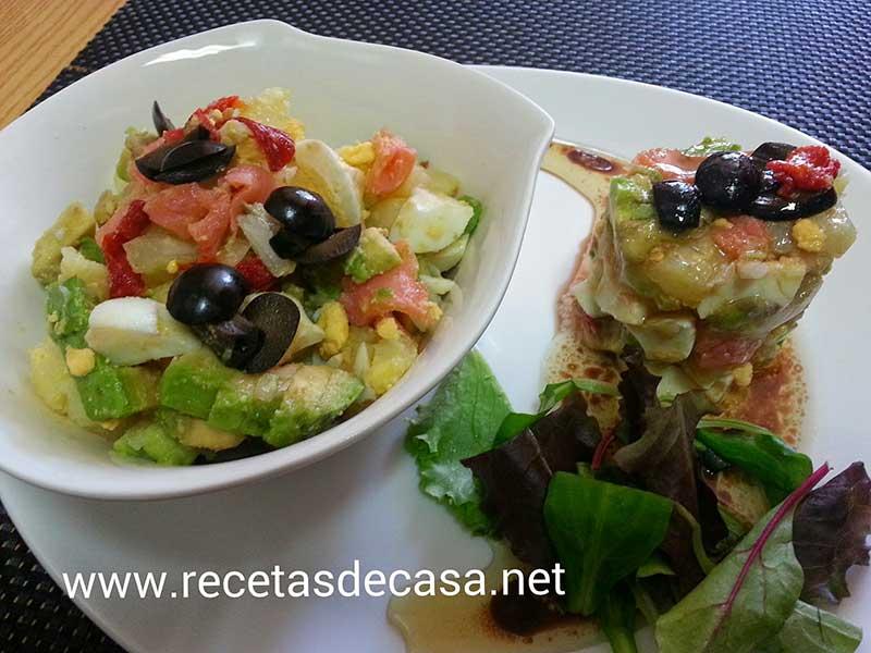 Ensalada de salmón, aguacate y patata