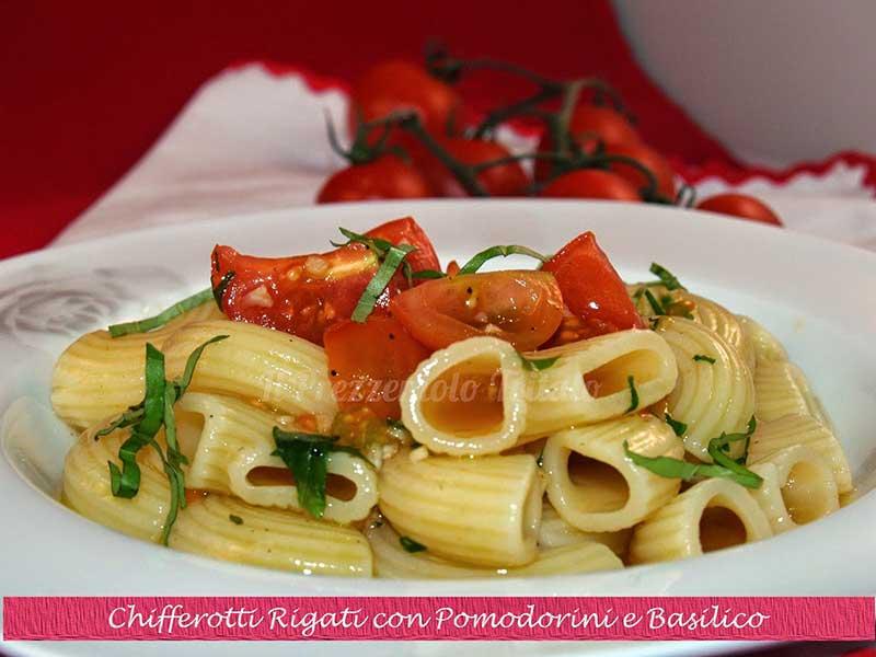 ##Chiferotti-Rigati-con-Pomodorini-e-Basilico