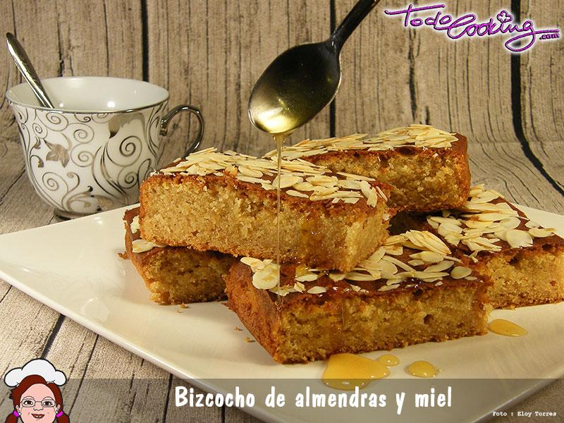 bizcocho-almendras-miel