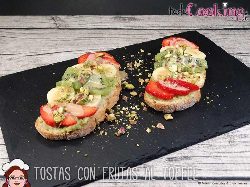 Tostas-frutas-al-toffee-03