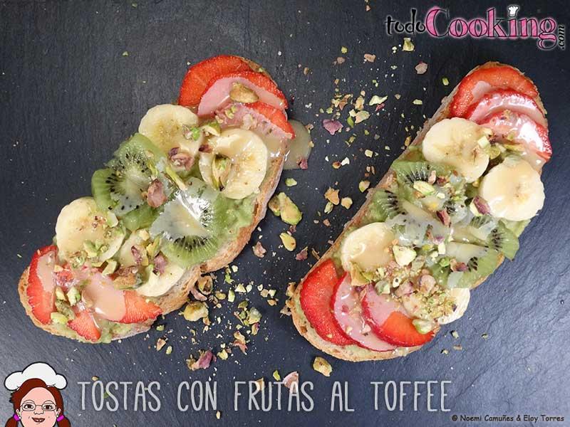 Tostas-frutas-al-toffee-04 recetas detox