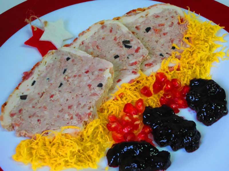 pastel-pollo-trufado-navidad recetas de pollo y pavo