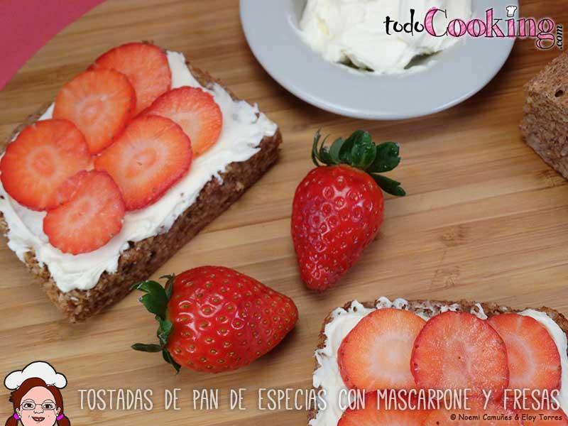 Tostadas-Pan-Especias-Mascarpone-Fresas-04